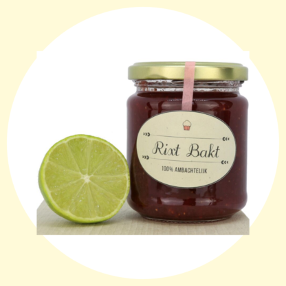 aardbeien jam met extra veel fruit van Rixt bakt